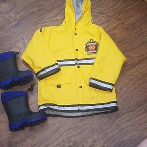 Western Chief raincoat 4T Kamik rain snow boots 8